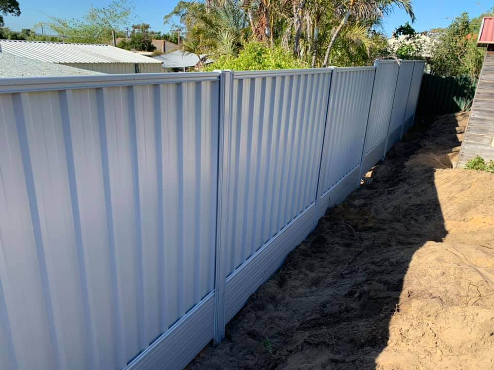 Complete Guide to Colorbond Fencing
